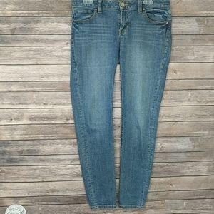 CABI Skinny Jeans Style #918 Size 6 GUC